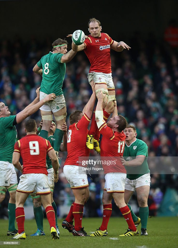 Alun Wyn Jones of Wales wins lineout ball under pressure from <a gi-track='captionPersonalityLinkClicked' href=/galleries/search?phrase=Jamie+Heaslip&family=editorial&specificpeople=171469 ng-click='$event.stopPropagation()'>Jamie Heaslip</a> of Ireland during the RBS Six Nations match between Ireland and Wales at the Aviva Stadium on February 7, 2016 in Dublin, Ireland.