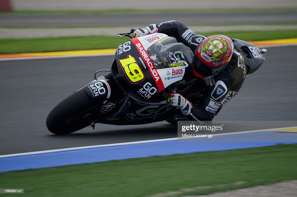 <a gi-track='captionPersonalityLinkClicked' href=/galleries/search?phrase=Alvaro+Bautista&family=editorial&specificpeople=559936 ng-click='$event.stopPropagation()'>Alvaro Bautista</a> of Spain and Go & Fun Honda Gresini rounds the bend during the second day of pre season MotoGP testing at Ricardo Tormo Circuit on November 14, 2012 in Valencia, Spain.