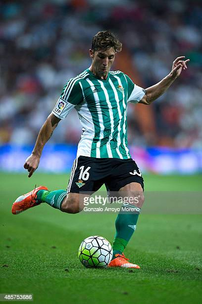 Alvaro Cejudo of Real Betis Balompie controls the ball during the La Liga match between Real Madrid CF and Real Betis Balompie at Estadio Santiago...