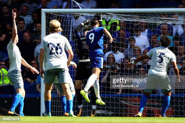 Alvaro Morata of Chelsea heads his side's second goal during the Premier League match between Chelsea and Everton at Stamford Bridge on August 27...