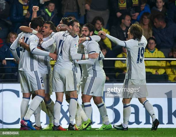 Alvaro Morata of Real Madrid celebrates with his teammates after scoring a goal during the La Liga match between Villarreal CF and Real Madrid at...