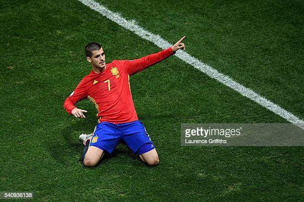 Alvaro Morata of Spain celebrates scoring his sides first goal during the UEFA EURO 2016 Group D match between Spain and Turkey at Allianz Riviera...