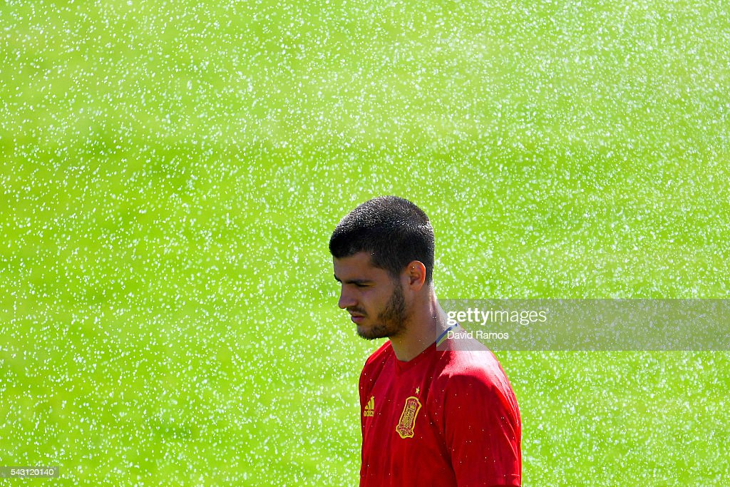 <a gi-track='captionPersonalityLinkClicked' href=/galleries/search?phrase=Alvaro+Morata&family=editorial&specificpeople=6523866 ng-click='$event.stopPropagation()'>Alvaro Morata</a> of Spain looks on during a training session ahead of their UEFA Euro 2016 round of 16 match against Italy at Complexe Sportif Marcel Gaillard on June 26, 2016 in La Rochelle, France.