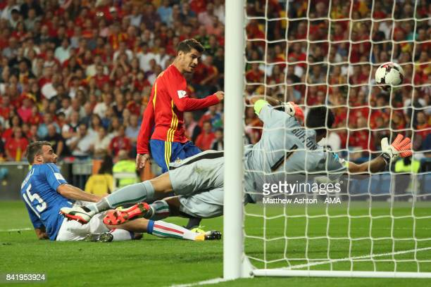 Alvaro Morata of Spain scores a goal to make the score 30 during the FIFA 2018 World Cup Qualifier between Spain and Italy at Estadio Santiago...