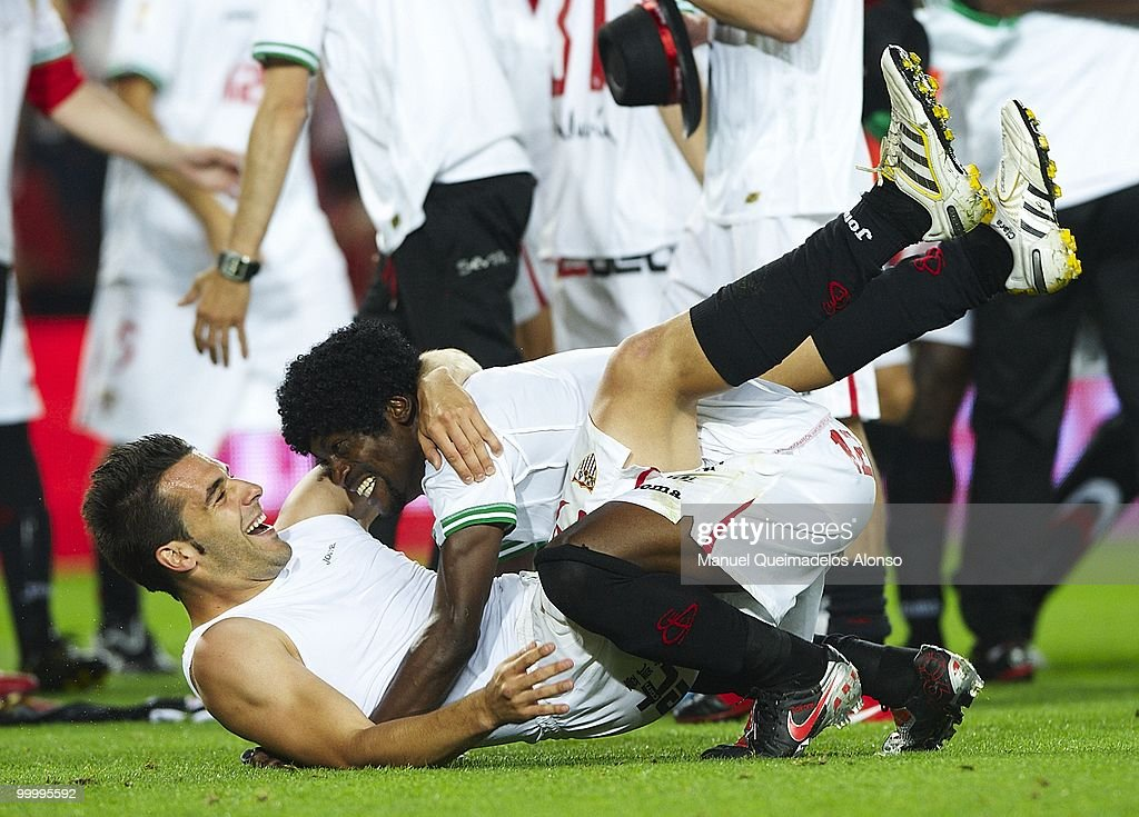 Alvaro Negredo (L) of Sevilla celebrates with his teammate Zokora after the Copa del Rey final between Atletico de Madrid and Sevilla at Camp Nou stadium on May 19, 2010 in Barcelona, Spain. Sevilla won 2-0.