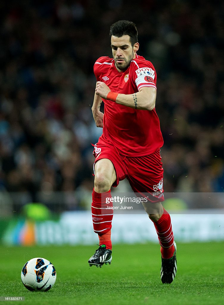 <a gi-track='captionPersonalityLinkClicked' href=/galleries/search?phrase=Alvaro+Negredo&family=editorial&specificpeople=4085785 ng-click='$event.stopPropagation()'>Alvaro Negredo</a> of Sevilla runs with the ball during the la Liga match between Real Madrid CF and Sevilla FC at Estadio Santiago Bernabeu on February 9, 2013 in Madrid, Spain.