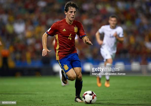 Alvaro Odriozola of Spain runs with the ball during the FIFA 2018 World Cup Qualifier between Spain and Albania at Rico Perez Stadium on October 6...