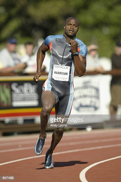 Alvin Harrison competes in the men's 400 meter dash semifinals during the 2002 USA Outdoor Track Field Championships on June 22 2002 at Stanford...