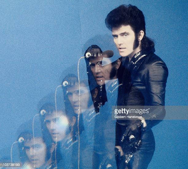 Alvin Stardust performs on a TV show in 1975 in Hilversum Netherlands