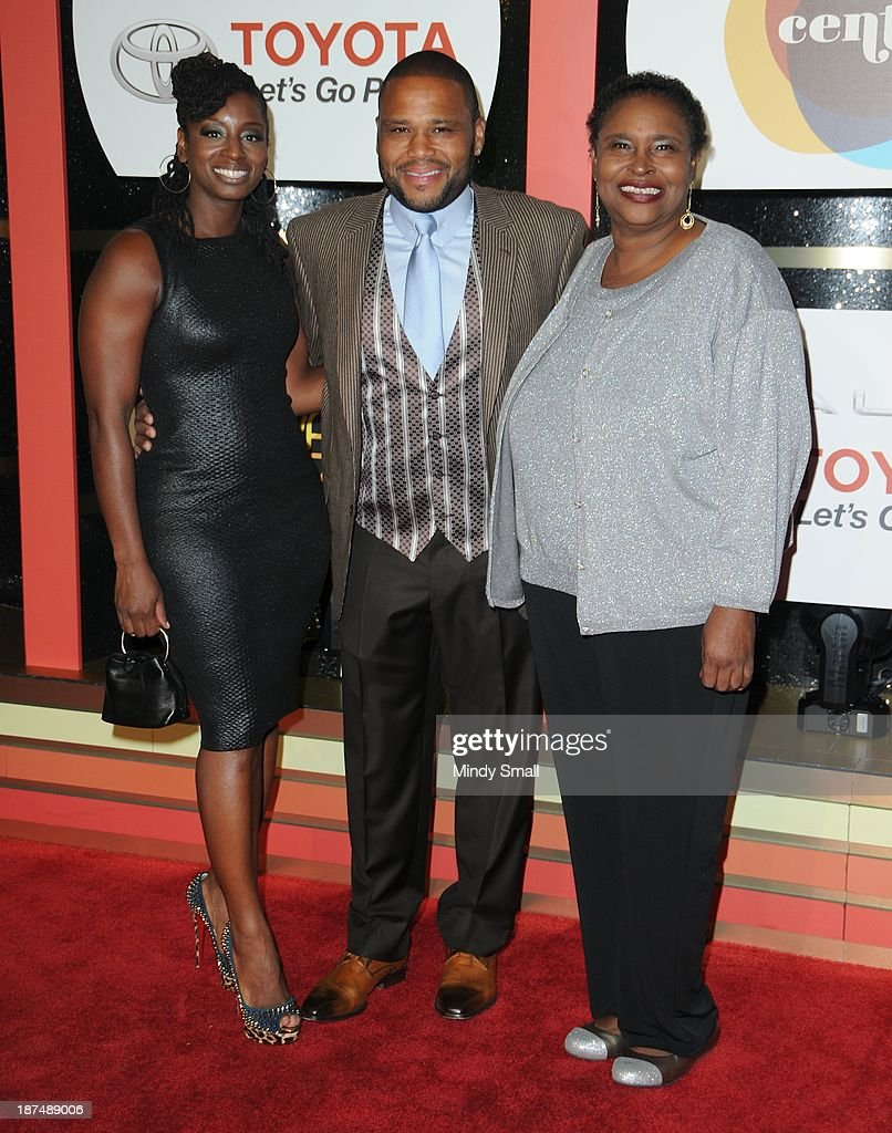 Alvina Stewart, Anthony Anderson and Doris Hancox arrive at the Soul Train Awards 2013 at the Orleans Hotel & Casino on November 8, 2013 in Las Vegas, Nevada.