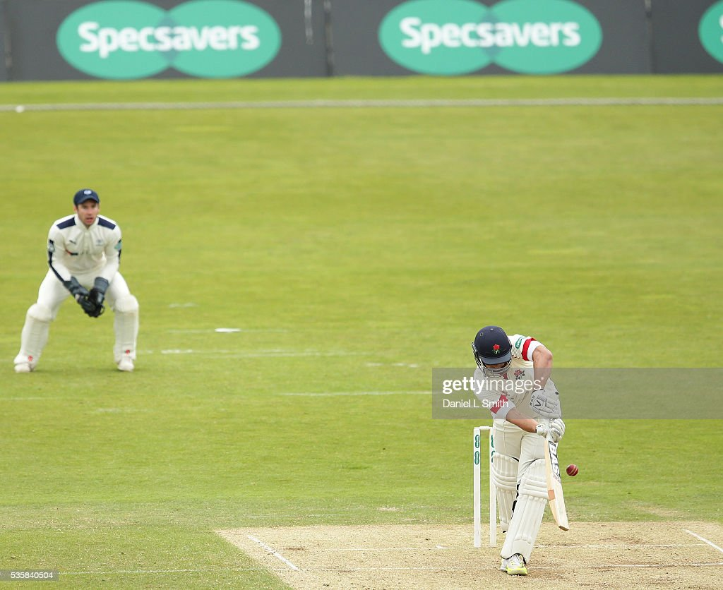 <a gi-track='captionPersonalityLinkClicked' href=/galleries/search?phrase=Alviro+Petersen&family=editorial&specificpeople=4969996 ng-click='$event.stopPropagation()'>Alviro Petersen</a> of Lancashire trapped LBW during day two of the Specsavers County Championship: Division One match between Yorkshire and Lancashire at Headingley on May 30, 2016 in Leeds, England.
