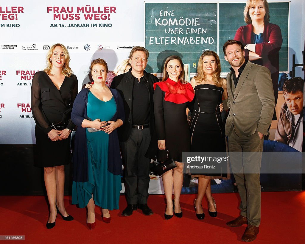 Alwara Hoefels, Gabriela Maria Schmeide, Justus von Dohnanyi, Mina Tander, Anke Engelke and Ken Duken attend the premiere of the film 'Frau Mueller muss weg' at Cinedom on January 12, 2015 in Cologne, Germany.