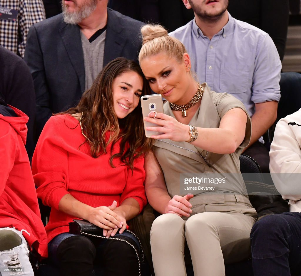 Olympians Lindsay Vonn & Aly Raisman took a courtside selfie at the Knicks vs. Rockets game on Wednesday.