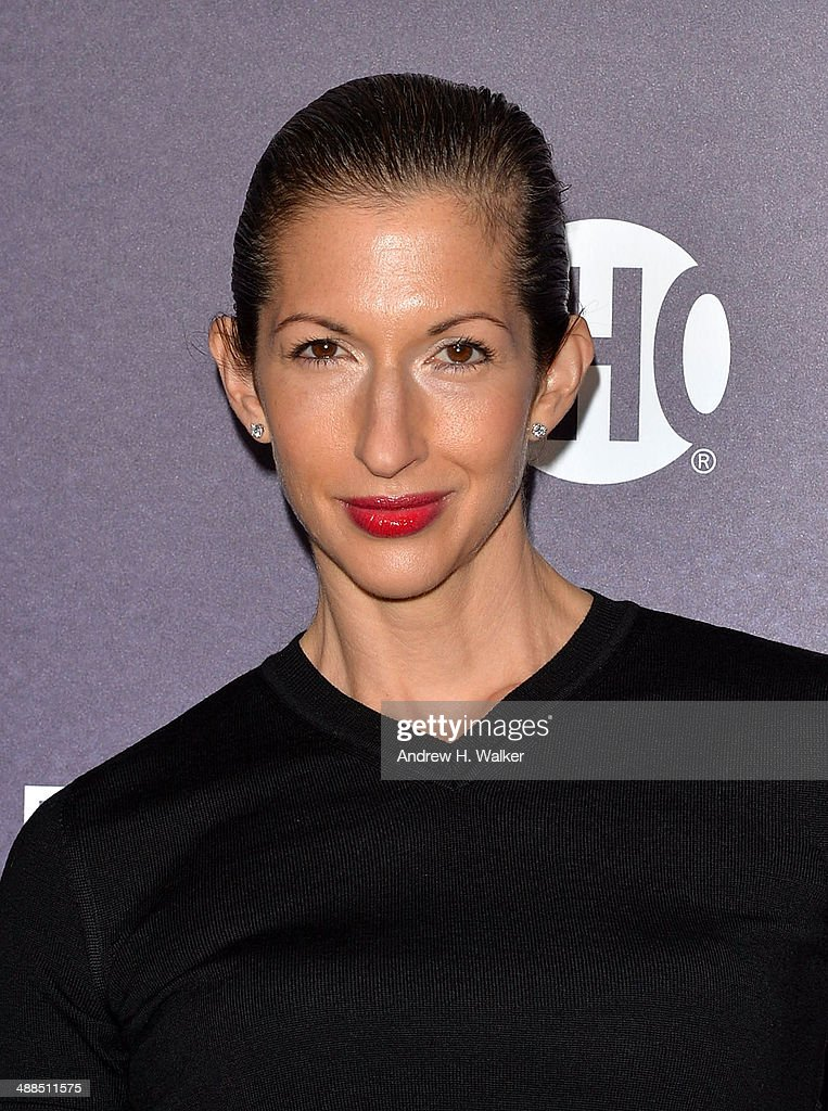 <a gi-track='captionPersonalityLinkClicked' href=/galleries/search?phrase=Alysia+Reiner&family=editorial&specificpeople=655685 ng-click='$event.stopPropagation()'>Alysia Reiner</a> attends the 'Penny Dreadful' series world premiere at The Highline Hotel on May 6, 2014 in New York City.