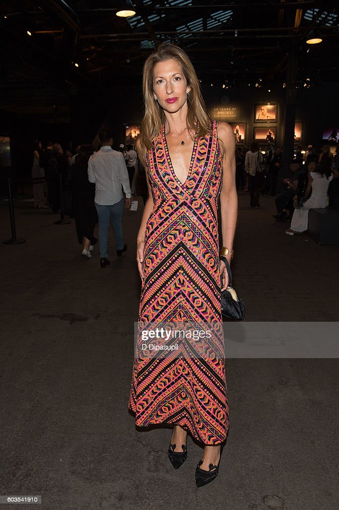 Alysia Reiner poses during New York Fashion Week: The Shows at Skylight at Moynihan Station on September 12, 2016 in New York City.