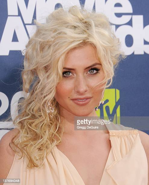 Alyson Michalka arrives at the 2011 MTV Movie Awards at the Gibson Amphitheatre on June 5 2011 in Universal City California