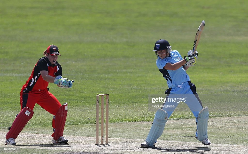 Alyssa Healy of Breakers plays a shot during the WNCL match between the South Australia Scorpions and the New South Wales Breakers at Prospect Oval on December 22, 2012 in Adelaide, Australia.