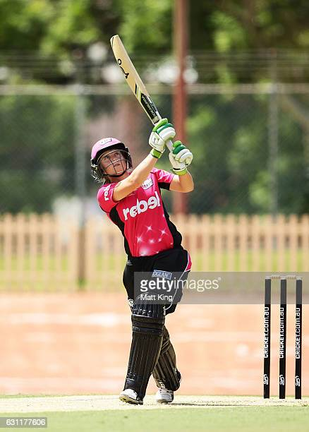 Alyssa Healy of the Sixers bats during the Women's Big Bash League match between the Perth Scorchers and the Sydney Sixers at Hurstville Oval on...