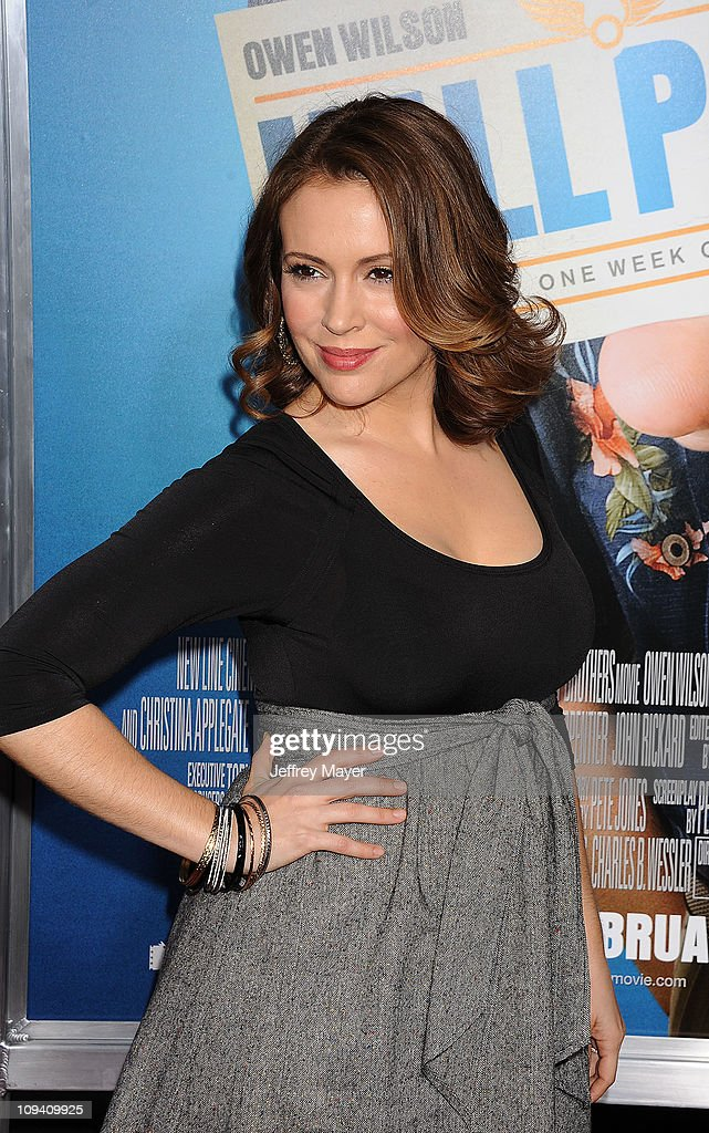 <a gi-track='captionPersonalityLinkClicked' href=/galleries/search?phrase=Alyssa+Milano&family=editorial&specificpeople=203329 ng-click='$event.stopPropagation()'>Alyssa Milano</a> arrives for the Los Angeles Premiere of 'Hall Pass' at ArcLight Cinemas Cinerama Dome on February 23, 2011 in Hollywood, California.