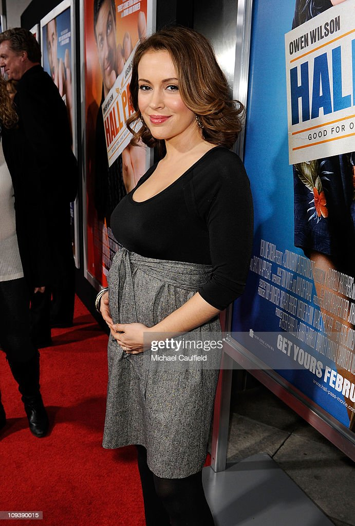 Alyssa Milano attends the Los Angeles Premiere of 'Hall Pass' held at ArcLight Cinemas Cinerama Dome on February 23, 2011 in Hollywood, California.