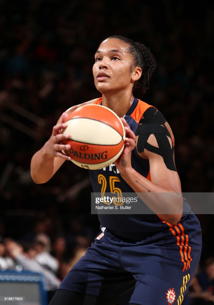 Connecticut Sun v New York Liberty