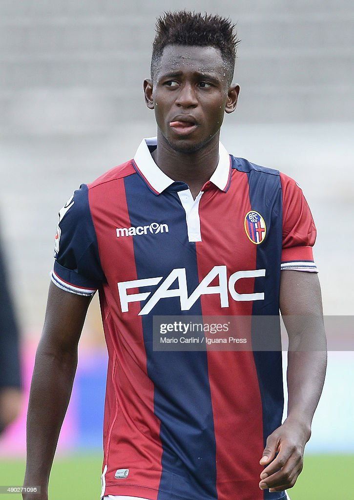Amadou Diawara of Bologna FC looks dejected at the end of the Serie A match between Bologna FC and Udinese Calcio at Stadio Renato Dall'Ara on...