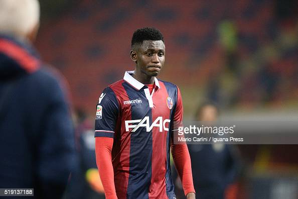 Amadou Diawara of Bologna FC looks dejected at the end of the Serie A match between Bologna FC and Hellas Verona FC at Stadio Marc'Antonio Bentegodi...