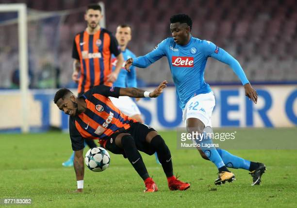 Amadou Diawara of Napoli competes for the ball with Fred of Shakhtar Donetsk during the UEFA Champions League group F match between SSC Napoli and...
