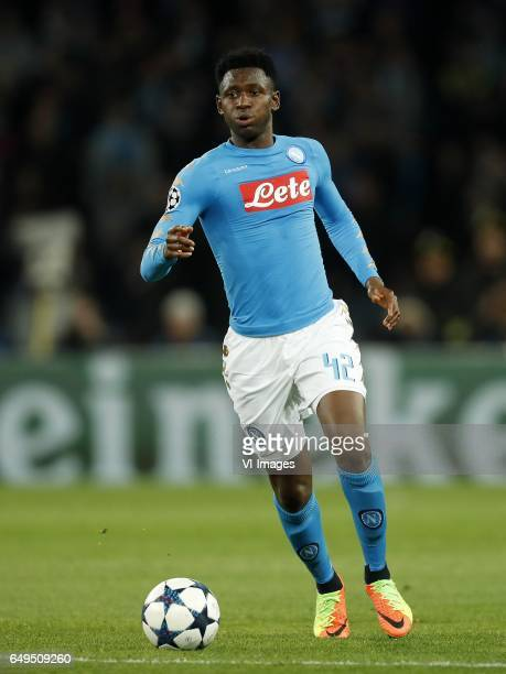 Amadou Diawara of SSC Napoliduring the UEFA Champions League round of 16 match between SSC Napoli and Real Madrid on March 07 2017 at the Stadio San...