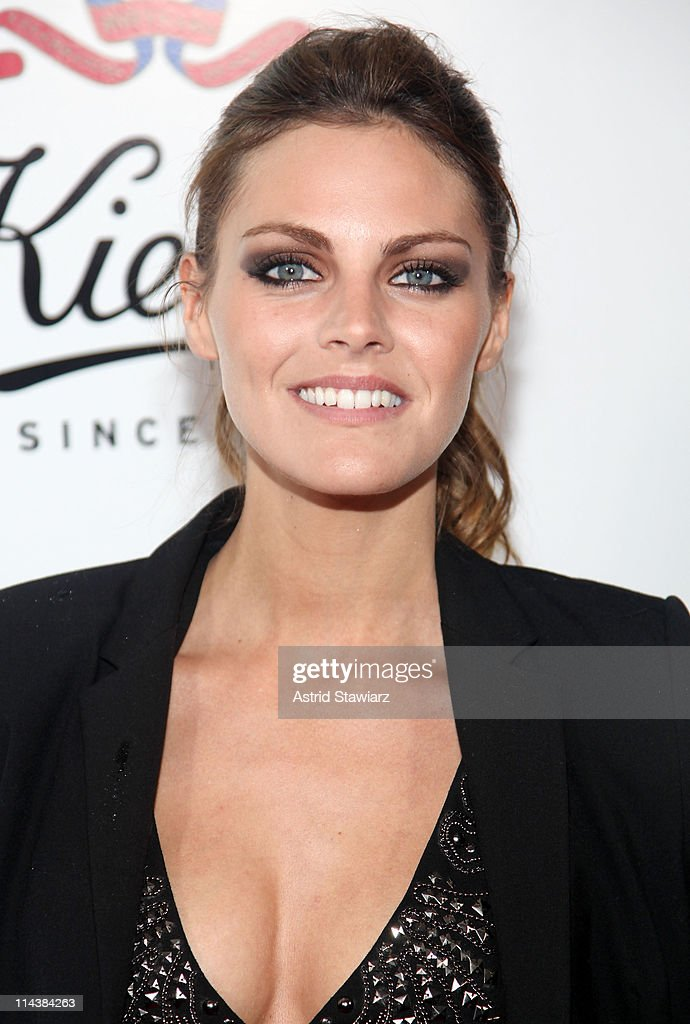 Amaia Salamanca attends Kiehl's 160th anniversary celebration at Kiehl's Flagship Store on May 18, 2011 in New York City.