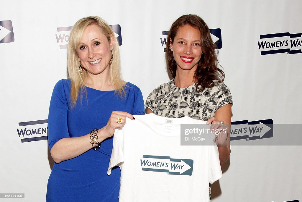 Amanda Aronoff, Executive Director, WOMEN'S WAY and <a gi-track='captionPersonalityLinkClicked' href=/galleries/search?phrase=Christy+Turlington&family=editorial&specificpeople=207046 ng-click='$event.stopPropagation()'>Christy Turlington</a> Burns, recipient of 'The Lucretia Mott Award' pose at The 36th Annual WOMEN'S WAY Powerful Voice Awards Dinner at the Sheraton Philadelphia Downtown Hotel on May 9, 2013 in Philadelphia, Pennsylvania.