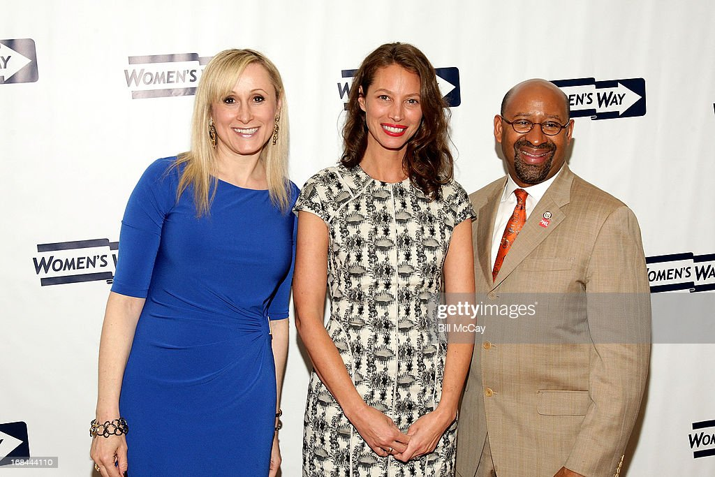 Amanda Aronoff, Executive Director, WOMEN'S WAY, Philadelphia Mayor <a gi-track='captionPersonalityLinkClicked' href=/galleries/search?phrase=Michael+Nutter&family=editorial&specificpeople=4695146 ng-click='$event.stopPropagation()'>Michael Nutter</a> and <a gi-track='captionPersonalityLinkClicked' href=/galleries/search?phrase=Christy+Turlington&family=editorial&specificpeople=207046 ng-click='$event.stopPropagation()'>Christy Turlington</a> Burns, recipient of 'The Lucretia Mott Award' pose at The 36th Annual WOMEN'S WAY Powerful Voice Awards Dinner at the Sheraton Philadelphia Downtown Hotel on May 9, 2013 in Philadelphia, Pennsylvania.