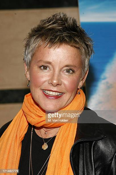 Amanda Bearse Nude Photos 22