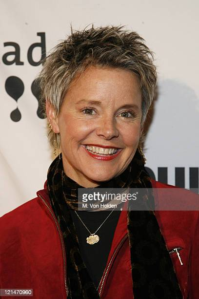 Amanda Bearse Nude Photos 48