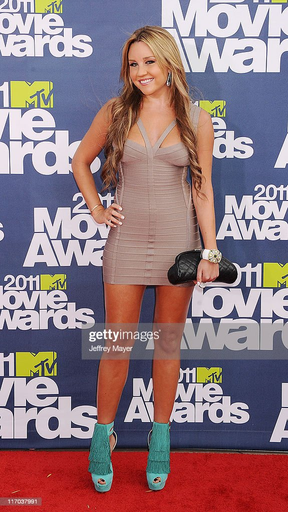 Amanda Bynes arrives at the 2011 MTV Movie Awards at Universal Studios' Gibson Amphitheatre on June 5, 2011 in Universal City, California.