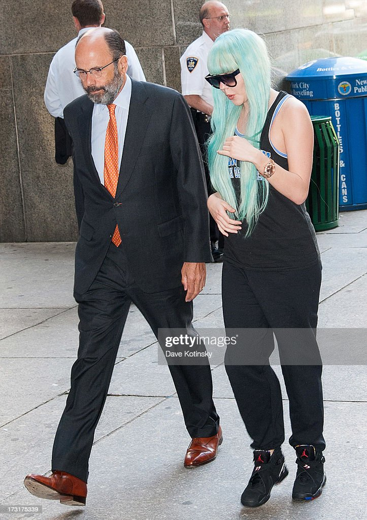 <a gi-track='captionPersonalityLinkClicked' href=/galleries/search?phrase=Amanda+Bynes&family=editorial&specificpeople=201660 ng-click='$event.stopPropagation()'>Amanda Bynes</a> arrives for an appearance at Manhattan Criminal Court on July 9, 2013 in New York City. Bynes is facing charges of reckless endangerment, tampering with evidence and criminal possession of marijuana in relation to her arrest on May 23, 2013.