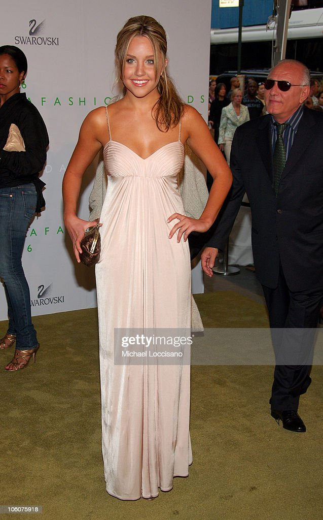 Amanda Bynes during 2006 CFDA Awards Arrivals at New York Public Library in New York City New York United States