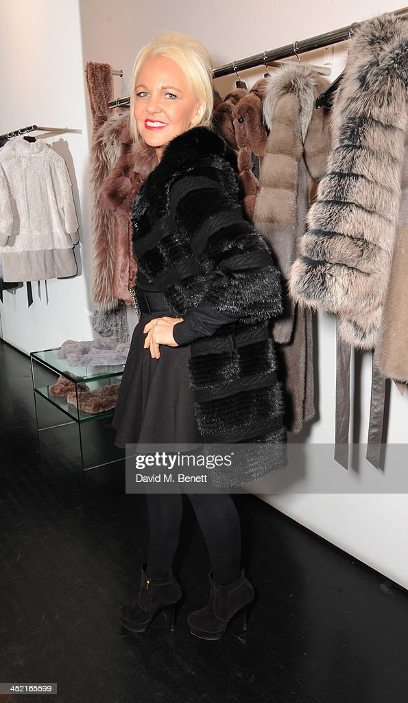 <a gi-track='captionPersonalityLinkClicked' href=/galleries/search?phrase=Amanda+Eliasch&family=editorial&specificpeople=795582 ng-click='$event.stopPropagation()'>Amanda Eliasch</a> attends A Winter's Evening With Hockley hosted by Alice Naylor-Leyland and Katie Readman to preview the Autumn/Winter 2013-2014 collection at the Hockley Conduit Street store on November 26, 2013 in London, England.
