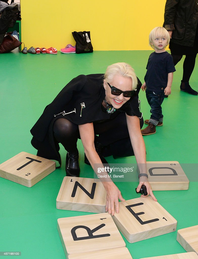 Amanda Eliasch attends VIP Preview of the Frieze Art Fair 2014 in Regent's Park on October 14 2014 in London England