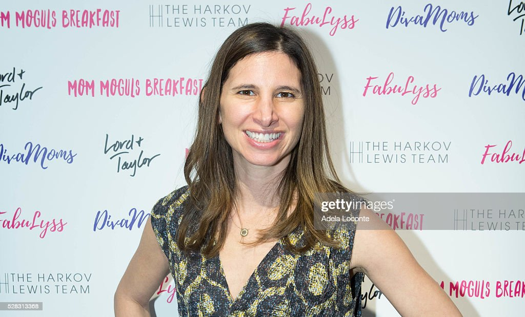 Amanda Freeman attends '4th Annual DivaMoms Mom Moguls Breakfas' tat Lord & Taylor on May 4, 2016 in New York City.