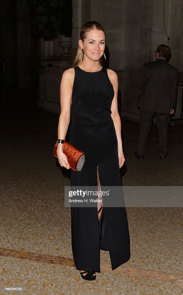 Amanda Hearst attends the 10th annual Apollo Circle benefit at Metropolitan Museum of Art on November 14, 2013 in New York City.