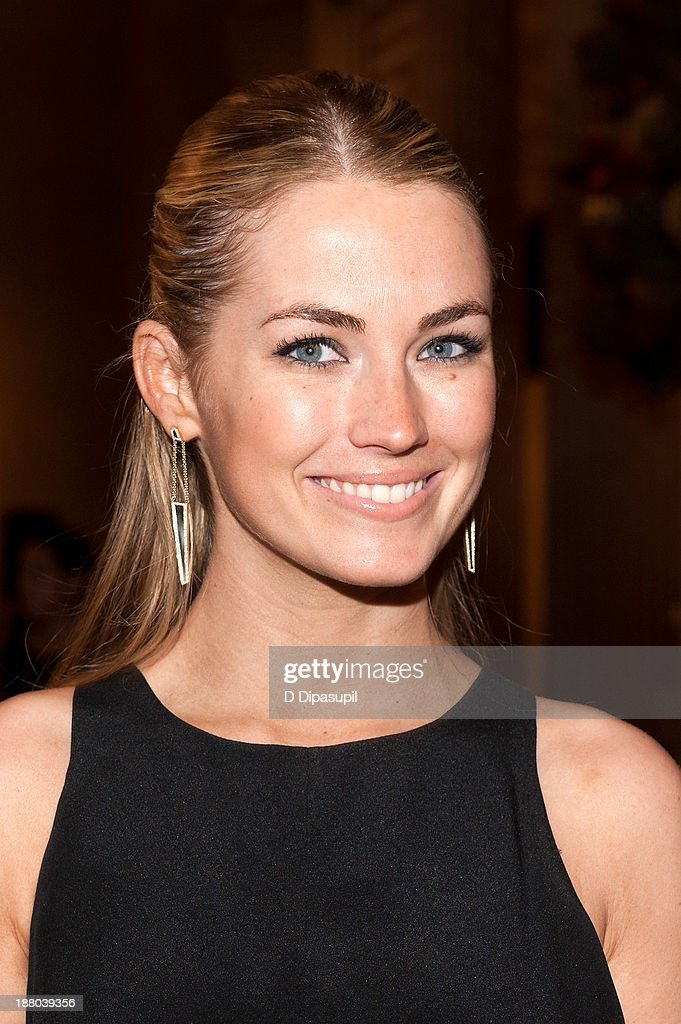 <a gi-track='captionPersonalityLinkClicked' href=/galleries/search?phrase=Amanda+Hearst&family=editorial&specificpeople=209166 ng-click='$event.stopPropagation()'>Amanda Hearst</a> attends the 10th annual Apollo Circle benefit at the Metropolitan Museum of Art on November 14, 2013 in New York City.