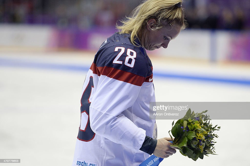 <a gi-track='captionPersonalityLinkClicked' href=/galleries/search?phrase=Amanda+Kessel&family=editorial&specificpeople=9030355 ng-click='$event.stopPropagation()'>Amanda Kessel</a> (28) of the U.S.A. hangs her head after the overtime period of Canada's 3-2 gold medal ice hockey win over the U.S.A. Sochi 2014 Winter Olympics on Thursday, February 20, 2014 at Bolshoy Ice Arena.
