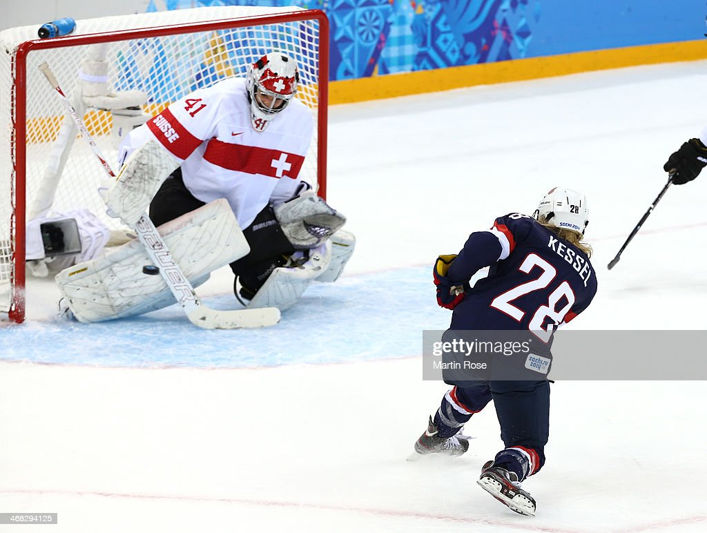 <a gi-track='captionPersonalityLinkClicked' href=/galleries/search?phrase=Amanda+Kessel&family=editorial&specificpeople=9030355 ng-click='$event.stopPropagation()'>Amanda Kessel</a> #28 of United States scores her team's fifth goal in the first period during the Women's Ice Hockey Preliminary Round Group A game on day three of the Sochi 2014 Winter Olympics at Shayba Arena on February 10, 2014 in Sochi, Russia.
