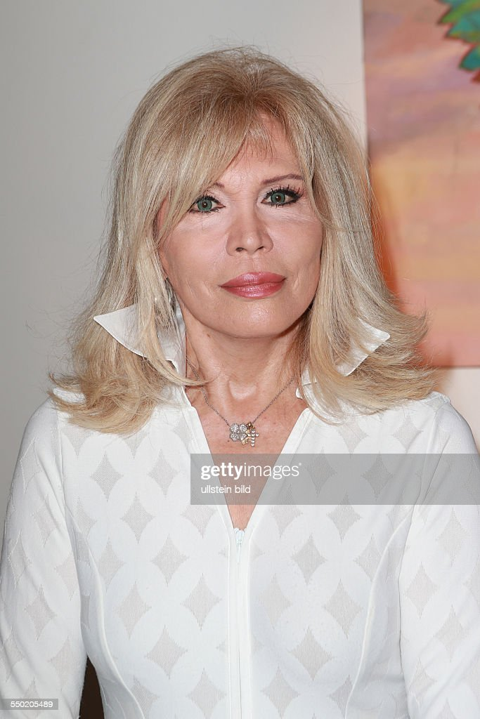 Amanda Lear nudes (65 foto and video), Topless, Cleavage, Feet, braless 2019