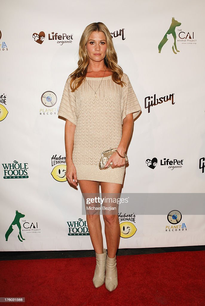 Amanda Lockwood attends Showcase Benefiting The Carrie Ann Inaba Animal Project at Gibson Guitar Entertainment Relations Showroom on August 10, 2013 in Beverly Hills, California.