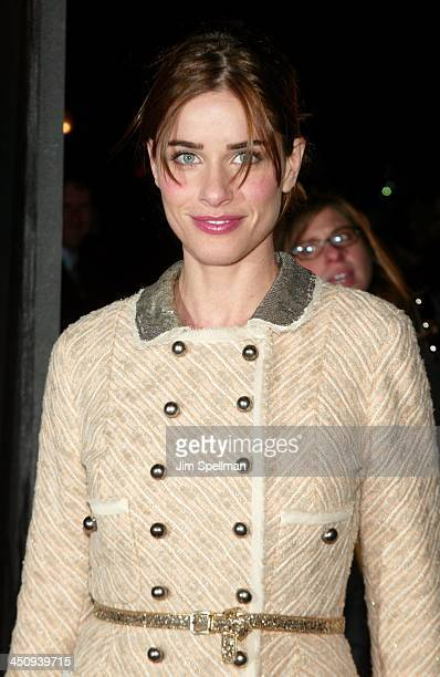 Amanda Peet during Something's Gotta Give New York Premiere Outside Arrivals at Ziegfeld Theater in New York City New York United States