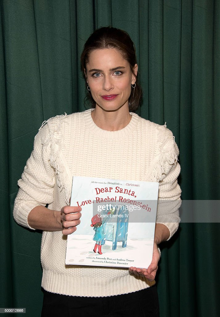 <a gi-track='captionPersonalityLinkClicked' href=/galleries/search?phrase=Amanda+Peet&family=editorial&specificpeople=201910 ng-click='$event.stopPropagation()'>Amanda Peet</a> promotes her book 'Dear Santa, Love, Rachel Rosenstein' at Barnes & Noble 82nd Street on December 4, 2015 in New York City.