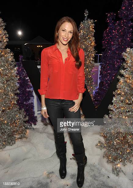 Amanda Righetti attends Symmetry Live and Chill launch at W Los Angeles Westwood on November 17 2011 in Los Angeles California