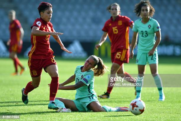 Amanda Sampedro of Spain controls the ball past Tatiana Pinto of Portugal during the UEFA Womens Euro 2017 football tournament match between Spain...